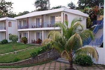 アラマンダ ホテル 写真