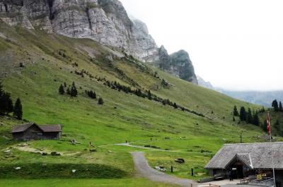 昔ながらのチーズ小屋がいいね!シュヴェーガルプ☆素朴な牛下ろしに出会ったぁ♪ 秋の風物詩ドイツ・スイスの旅7-2