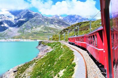 スイス、半端ないってー☆*. 絶景スイス 2018 � レーティッシュ鉄道で行こう!ベルニナ線で大興奮!アルブラ線で大失敗〜。
