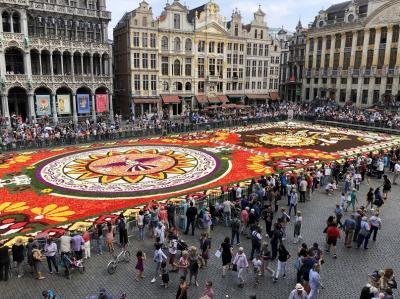 【ヨーロッパ旅行5日目 8/16】パリからブリュッセル花のカーペットそ…