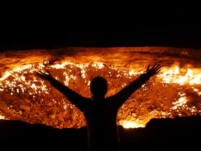 【中央アジア】゜*・ トルクメニスタン「地獄の門ダルヴァザ」をめざ…