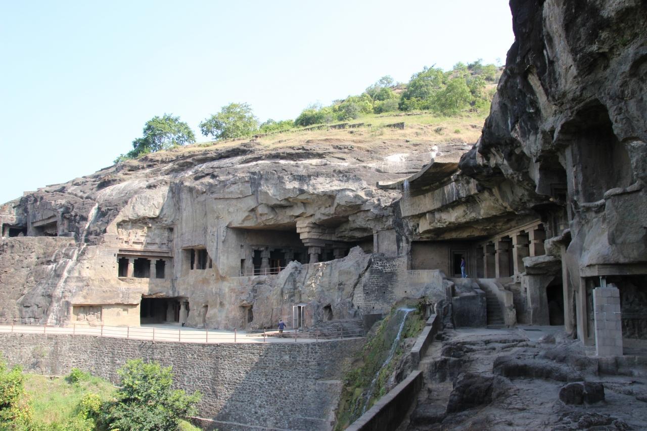エローラ石窟群の画像 p1_3