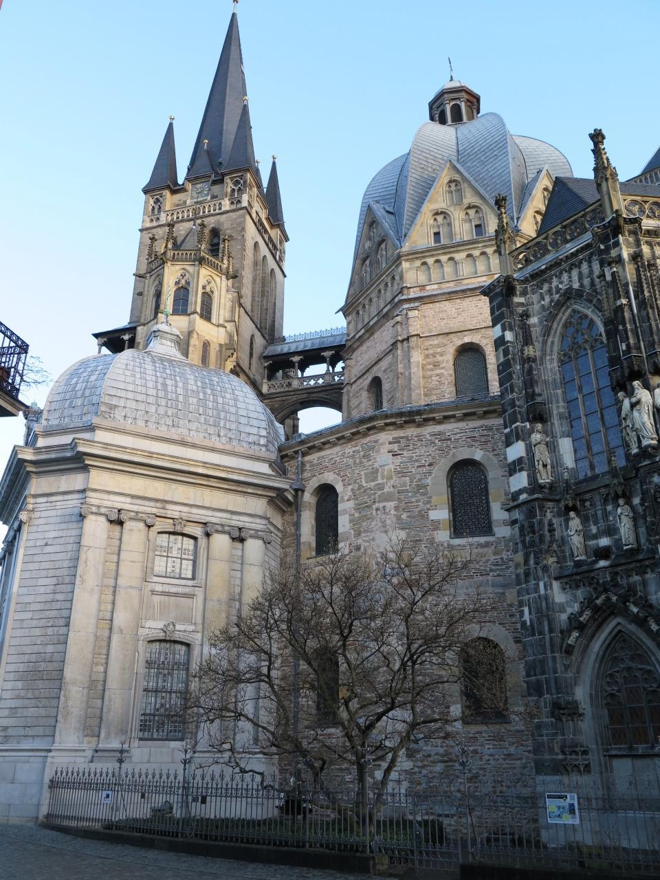 アーヘン大聖堂の画像 p1_32