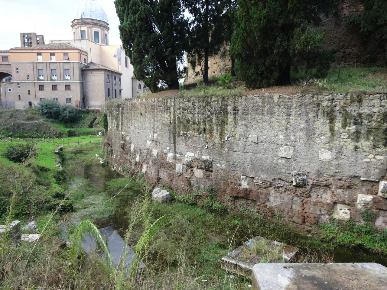 アウグストゥス廟の画像 p1_16