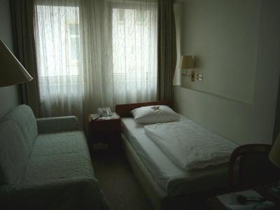 Lrg_hotel_21237