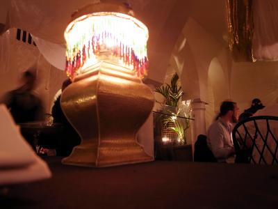 映画「カサブランカ」をイメージした名物レストラン