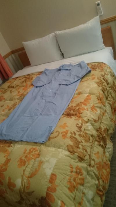 ベッドに最初から毛布かかっていて快適に泊まれました。