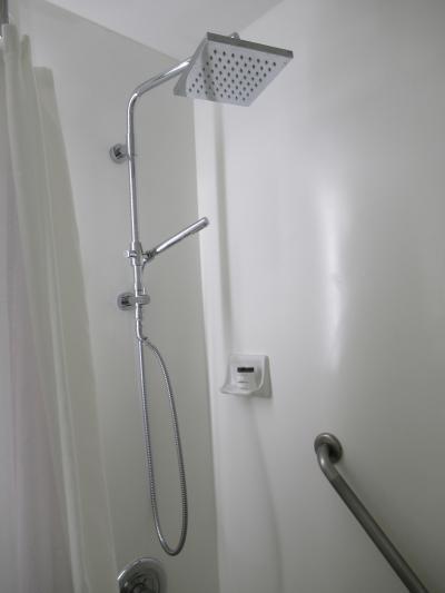 バスルームはホスピタリティルームの方が良かった