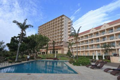 宮古島の一大リゾート内にある、眺望抜群のホテル!