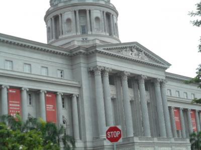 国立美術館としてオープン