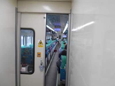ジャワ島横断鉄道は一度は乗りたい。