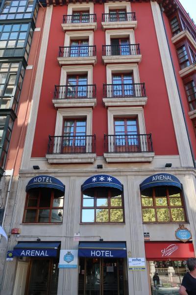旧市街入口のホテル