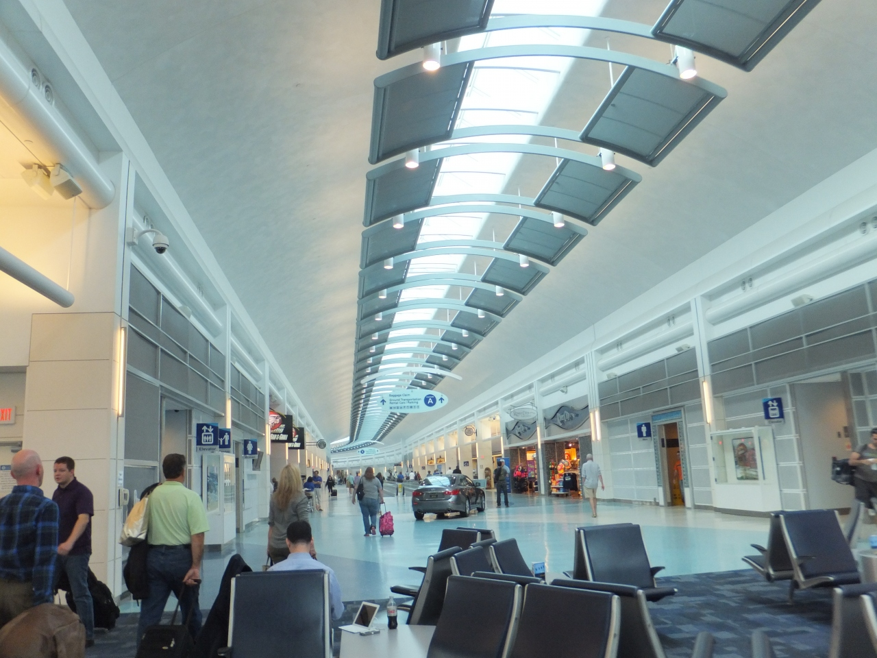 ジャクソンビル国際空港 (JAX)Jacksonville International Airport (JAX)