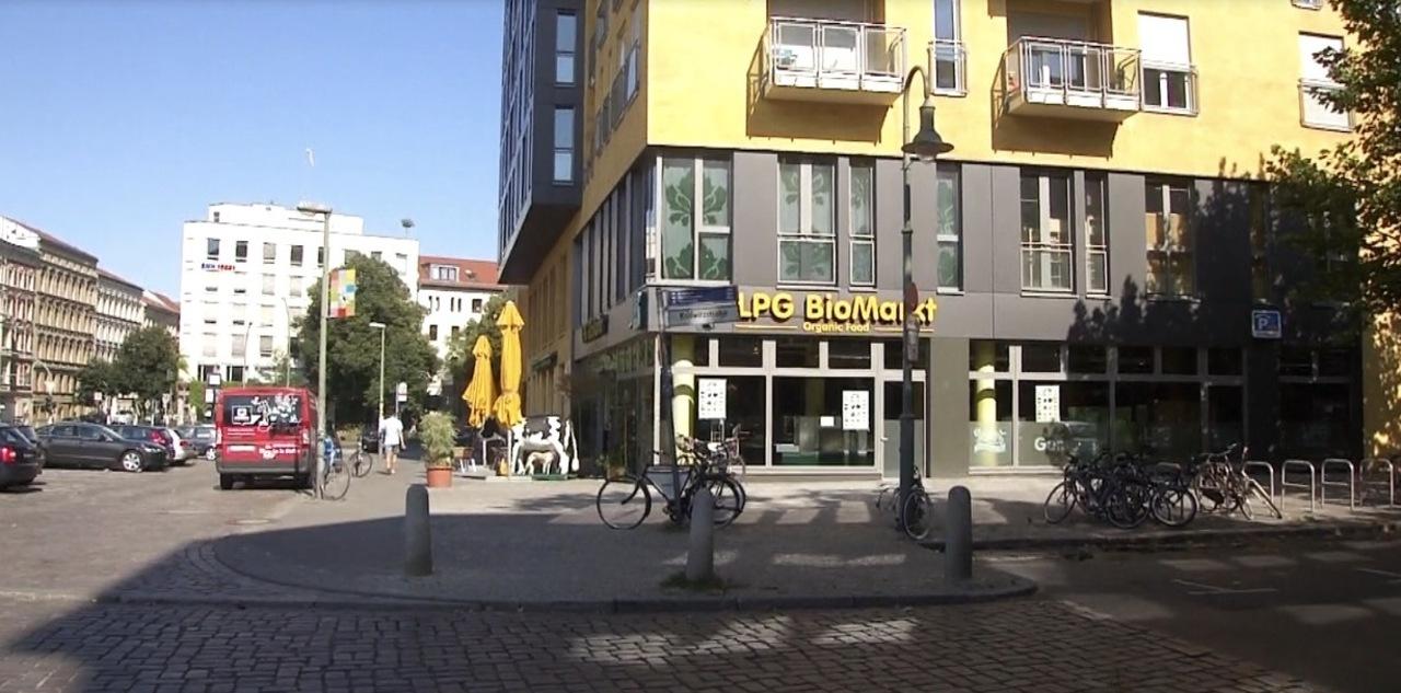 lpg lpg bio markt kollwitzstrasse. Black Bedroom Furniture Sets. Home Design Ideas