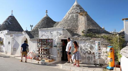 美しきシチリア島と南イタリアの旅�(アルベロベッロ観光編)