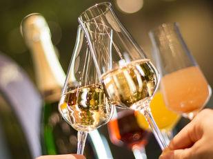 「より贅沢な時間を」 シャンパン終日ご提供 写真