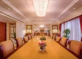 コーニッシュ ホテル アブダビ 写真