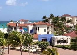 ブカティ & タラ ビーチ リゾート - アダルト オンリー