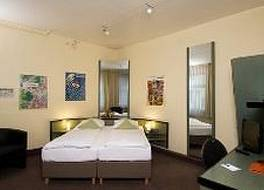 モノポール ホテル 写真