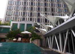 ペニンシュラ エクセルシオール ホテル