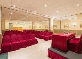 トリップ バイ ウィンダム バルセロナ アポロ ホテル
