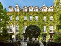 レ パビリオン デ ラ レイン ホテル