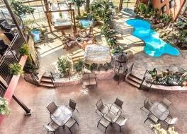 ホテル ウニヴェルセル 写真