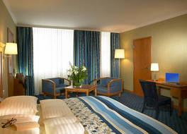 ホテル ド フランス 写真