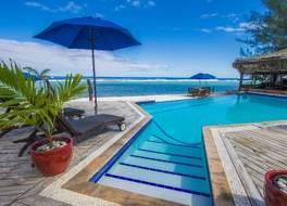 マヌイア ビーチ リゾート 写真