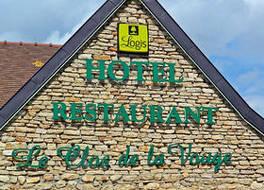 オテル レストラン ル クロ ドゥ ラ ヴォーグ 写真