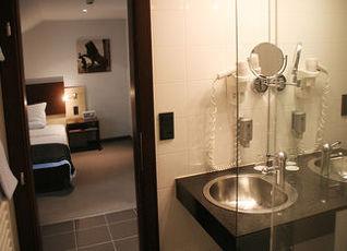 シラー 5 ホテル&ボーディングハウス 写真
