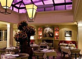 ホテル スクライブ パリ オペラ バイ ソフィテル 写真