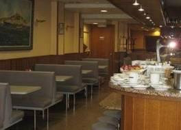 ホテル ピティウサ 写真