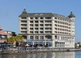 ラボードネイ ウォーターフロント ホテル