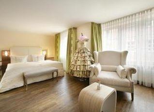 ホテル ゾンネ 写真