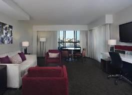 デルタ ホテルズ ビクトリア オーシャン ポイント リゾート 写真