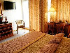 ホテル ル フランボイアン
