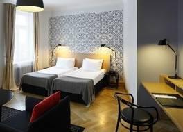 ホテル ネイブルクス 写真