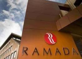 ホテル ラマダ ブリュッセル ウォルウェ