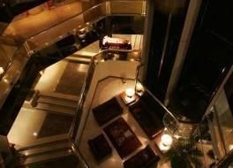 ホテル エステラー ミラフローレス 写真