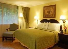 ダブルツリー バイ ヒルトン ホテル カリアリ サン ホセ 写真