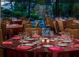 ダブルツリー バイ ヒルトン ロサンゼルス ダウンタウン ホテル 写真