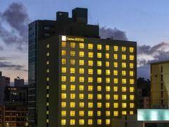 コンフォート スイーツ ビクトリア ホテル