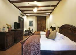 ホテル プラザ コロン 写真