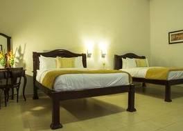 ホテル レアル ラ マーセド 写真