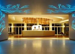 オゾ キャンディ ホテル 写真
