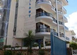ホテル ブリラント サランダ