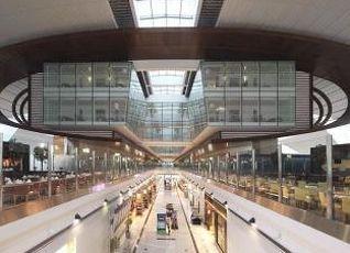 ドバイ インターナショナル エアポート 写真