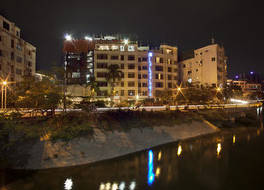 レイクショア ホテル アンド アパートメンツ 写真