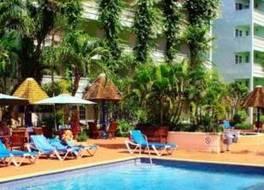 ココナッツ コート ビーチ ホテル 写真